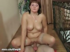 Bi boobed slut gets that wet pussy