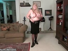 Bbw milf love goddess rubs her mature..