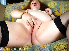 Super sexy chubby redhead loves to..