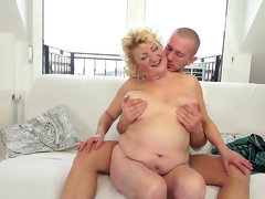 Fat mature tamara was fucked in her..