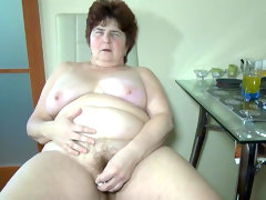 Fat granny hana shows her naked vagina