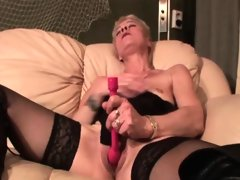 Sexy mature masturbating twat with..