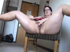 Busty mature bbw in pantyhose and mini..