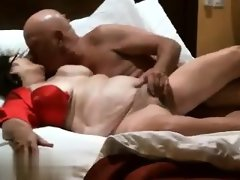 Old couple has a nasty freaky time..